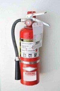 penempatan tabung pemadam kebakaran yang benar